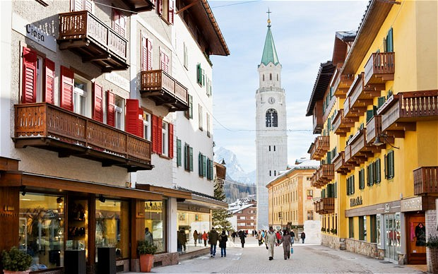 skiing-in-Cortina-Italy