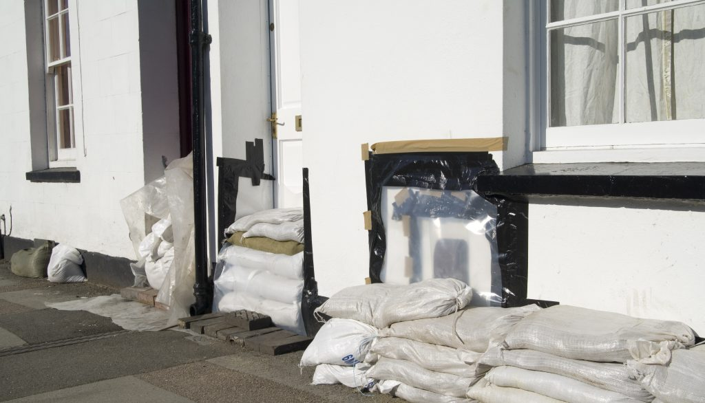 Protecting your home from floods: Resistance
